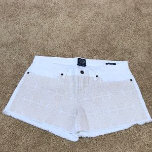 LUCKY BRAND Size 12/31 white Riley cotton Shorts
